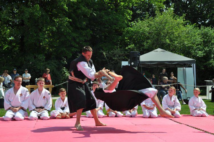 Abgesagt: 15. Japanisches Frühlingsfest der Deutsch Japanischen Gesellschaft (DJG) @ Botanischer Garten | Augsburg | Bayern | Deutschland